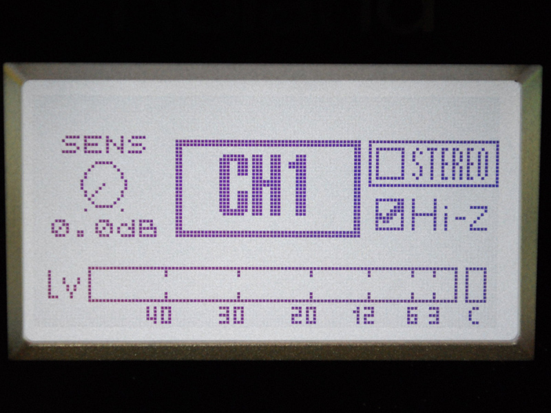 本体の液晶でHi-Z設定しているところ