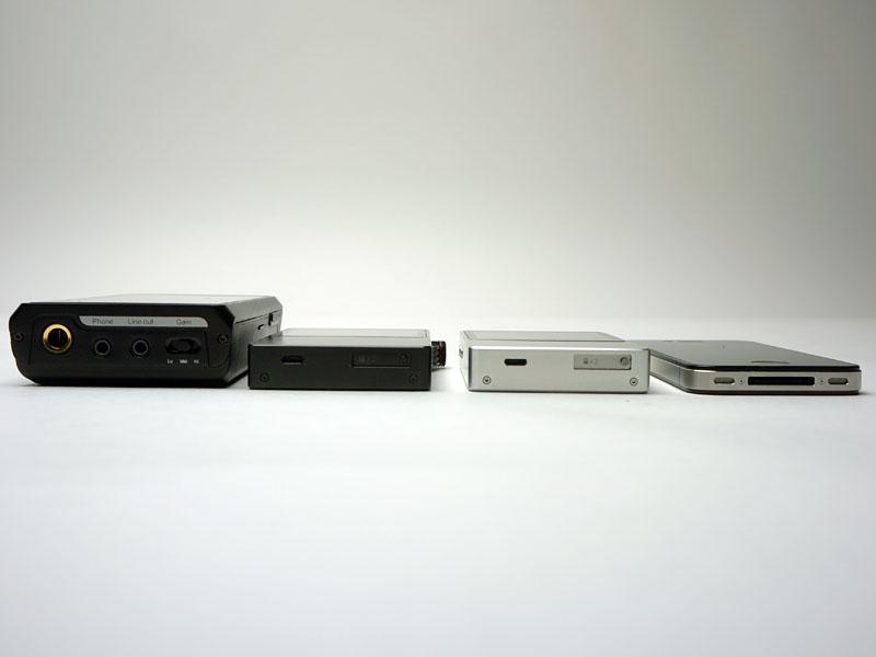 左からiBasso Audio「HDP-R10」、Ak120、AK100、iPhone 4S
