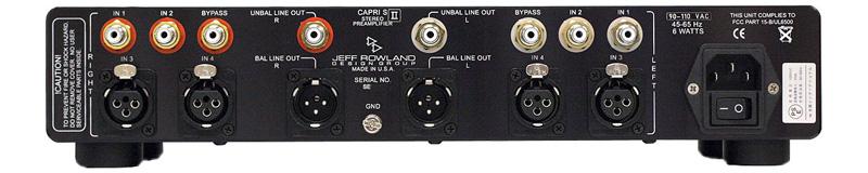 背面。Capri S II with DACは、ライン入力1がデジタルとなる