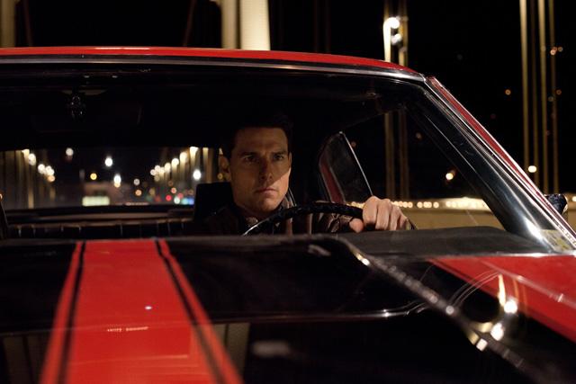 """アウトローでは、一匹狼・ジャック・リーチャーを演じるトム・クルーズ<br class=""""""""><span class=""""fnt-70"""">(C)2012 Paramount Pictures. All Rights Reserved.TM,(C) &amp; Copyright (C) 2013 by Paramount Pictures.All Rights Reserved.</span>"""