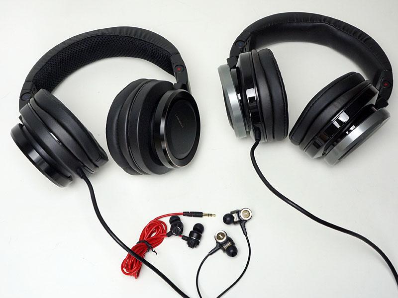 JVCのXXシリーズのイヤフォンと、「ライブビート」採用イヤフォン/ヘッドフォン
