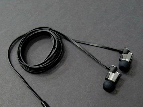 シングルBAイヤフォン「X15」