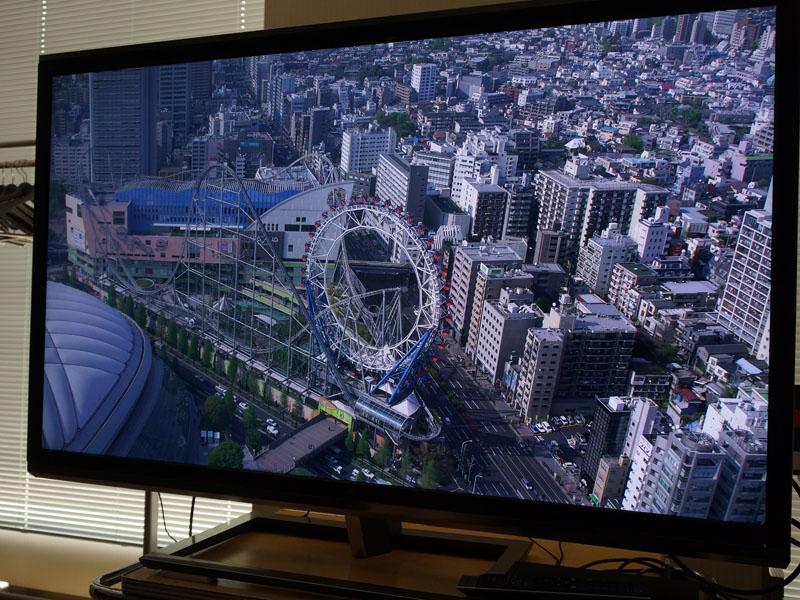 4Kテレビも用いて、高解像度映像をチェックした
