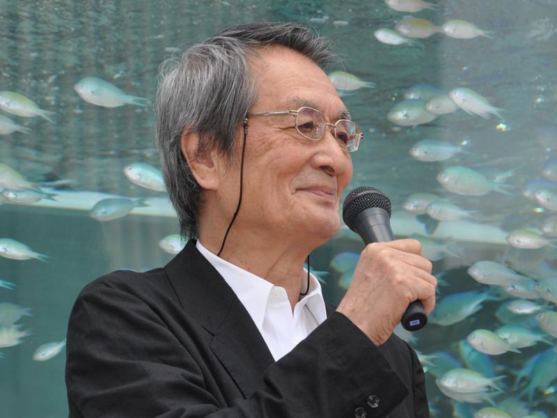 沖縄美ら海水族館の名誉館長でもある俳優の山崎努氏