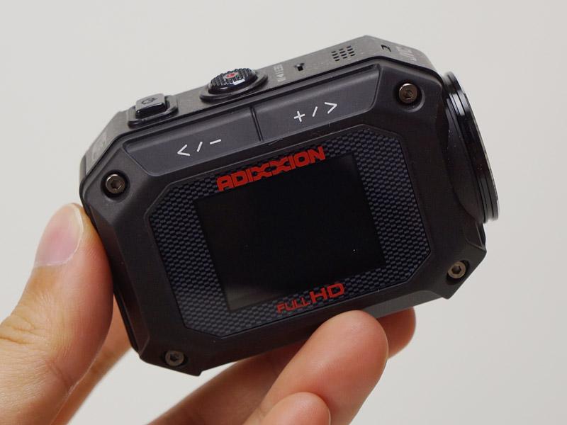 より黒っぽくなったXA2