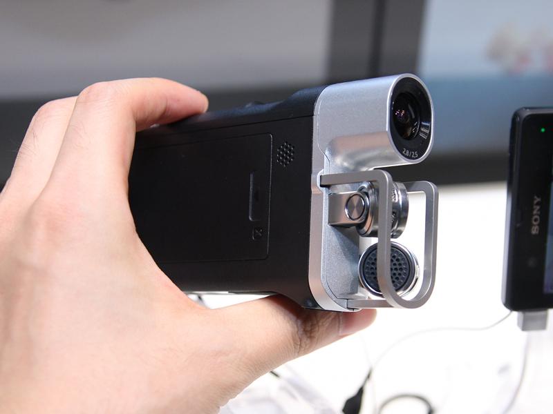 広角レンズとXYマイクを備えたビデオ/オーディオレコーダ「HDR-MV1」