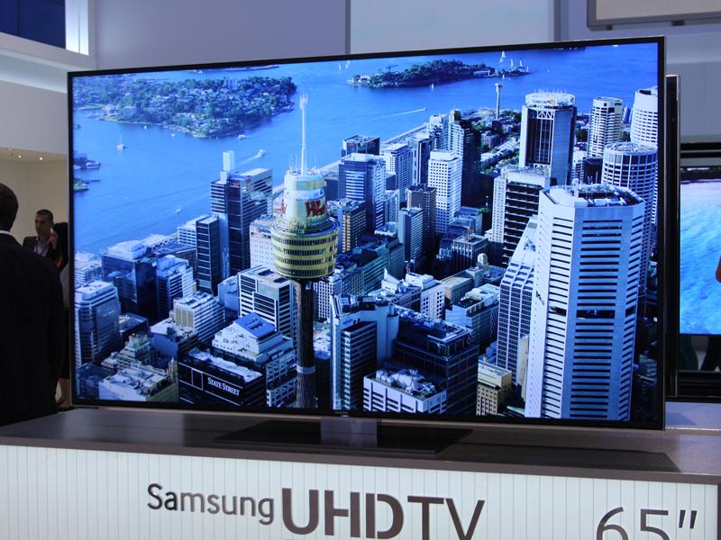 65型4K液晶テレビ