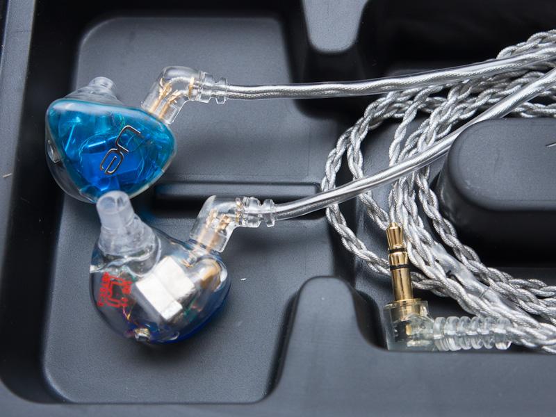 3ウェイ4ドライバの「Ultimate Ears 11 Pro カスタムインイヤモニター」(参考価格:159,800円)