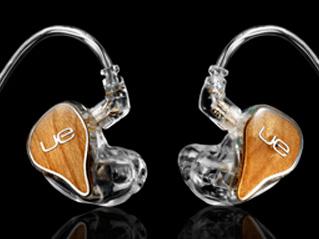 今回の日本向け展開には含まれていないが、「18 Pro」よりも上位の「Ultimate Ears Personal Reference Monitors」というモデルもある。フルカスタムの製品で、低音、中音、高音のバランスもオーダー可能。聴きながら音を変化させ、そこで決めた数値をオーダーできる特殊な機械も置かれていた
