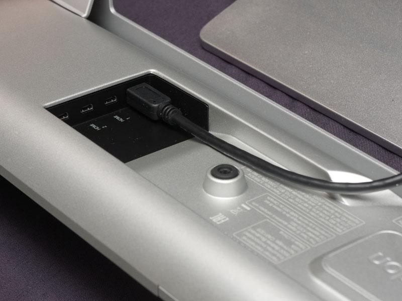 HDMI入力を備えている