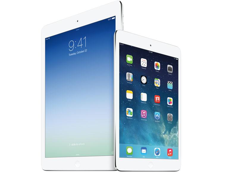 """同日発表された9.7型「<a href=""""http://av.watch.impress.co.jp/docs/news/20131023_620521.html"""" class=""""n"""" target=""""_blank"""">iPad Air</a>」(左)とのサイズ比較"""