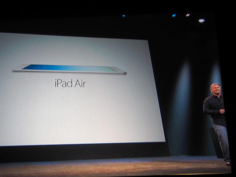 フィル・シラー氏がiPad Airについて説明