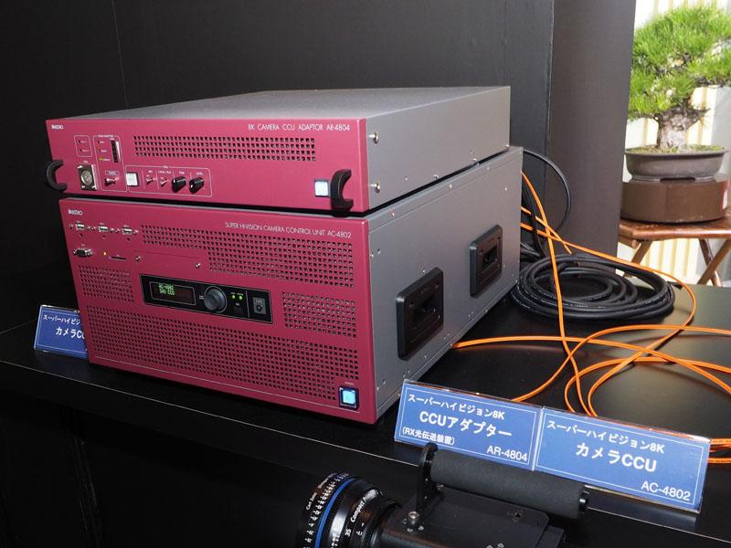 カメラと組み合わせて使用できる光伝送装置