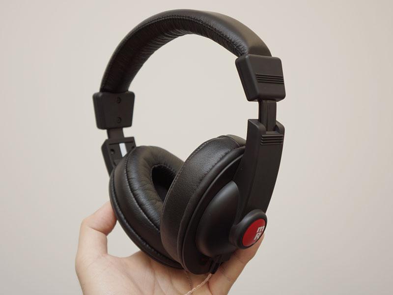 e☆イヤホン初のオリジナルブランドヘッドフォン「SW-HP11」