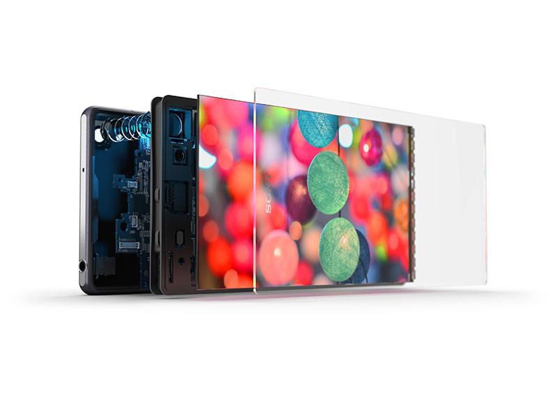 約2,070万画素「Exmor RS for mobie」や「トリルミナスディスプレイ for mobile」搭載