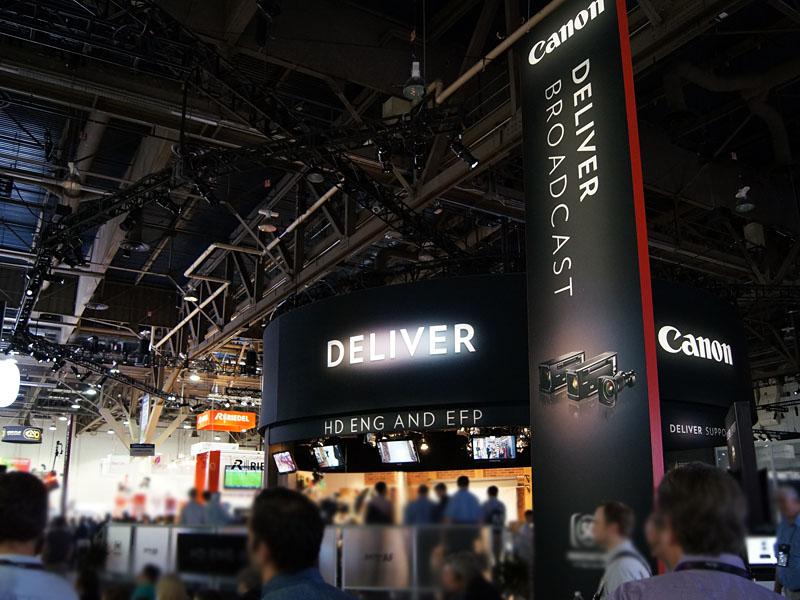 Deliver Broadcastが今年のテーマのキヤノンブース