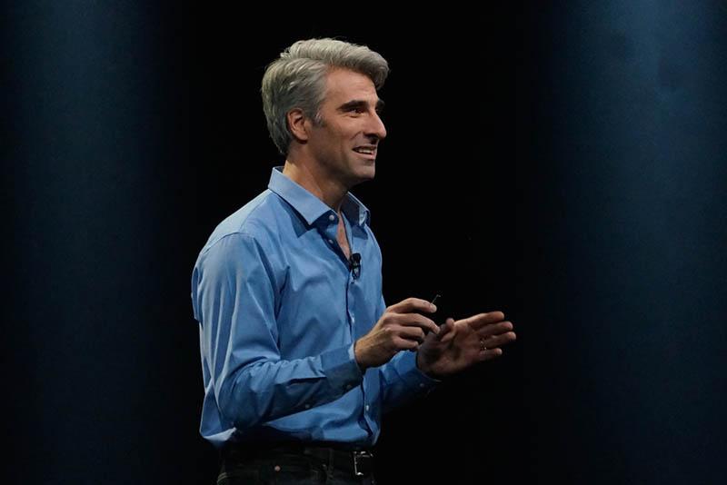 ソフトウェアエンジニアリング担当上級副社長のクレイグ・フェデリギ氏。今回のWWDCでは、実質的に主役となって、新環境のアピールを行なった