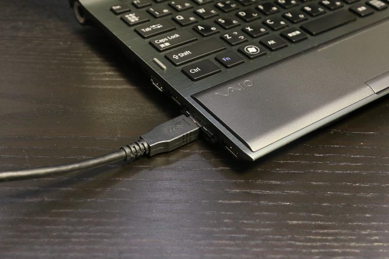 Expressカード型USB3.0増設インターフェイス「LPM-USB3」を使って接続