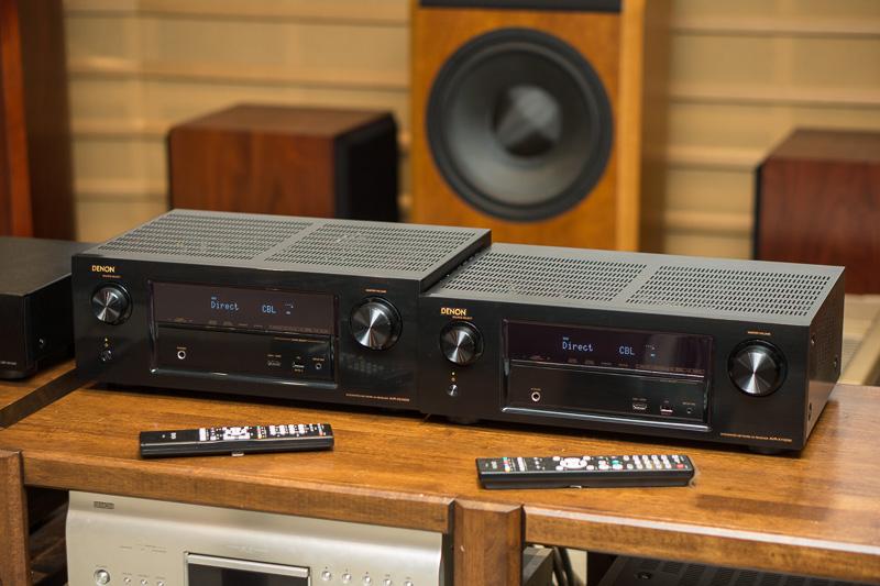 左から「AVR-X2100W」、「AVR-X1100W」