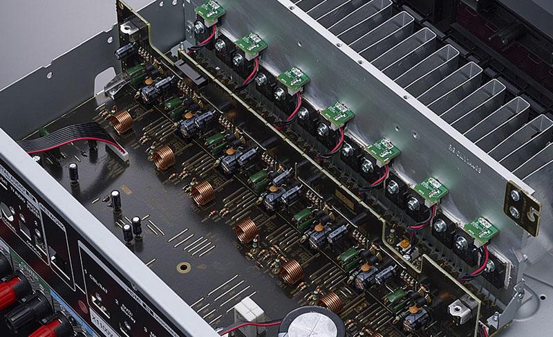 AVR-X1100Wのパワーアンプ部
