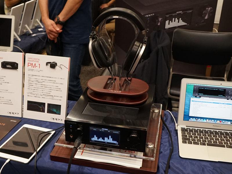 平面磁界駆動ヘッドフォン「PM-1」と、USB DAC/アンプ「HA-1」