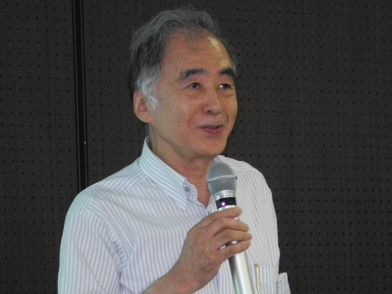 山崎名誉教授
