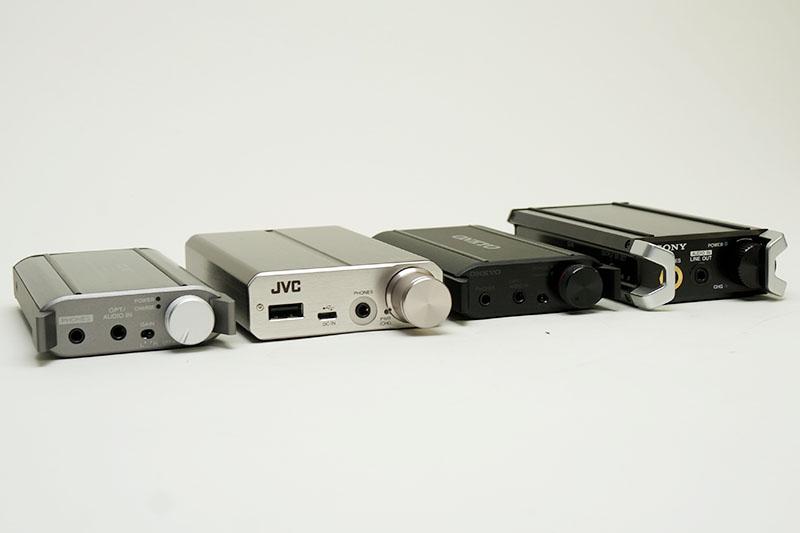今回試聴したポータブルヘッドフォンアンプ4機種