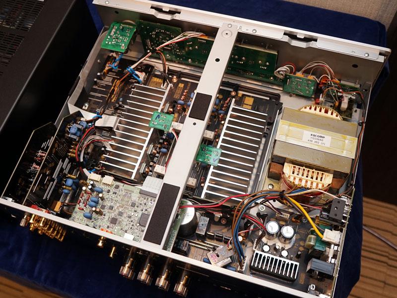 A-S801の内部