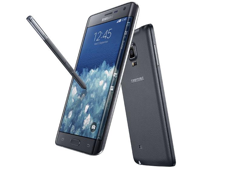「Galaxy Note Edge」。右側面に縦に細長いディスプレイも装備している