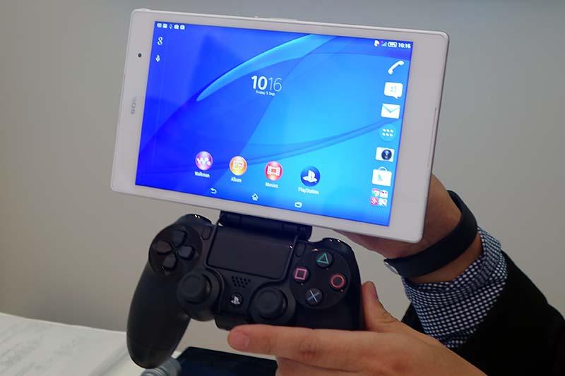 Xperia Z3 Tablet Compactにアダプターをつけてリモートプレイ
