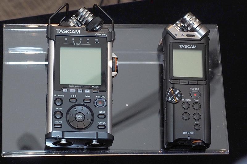左が「DR-44WL」、右が「DR-22WL」