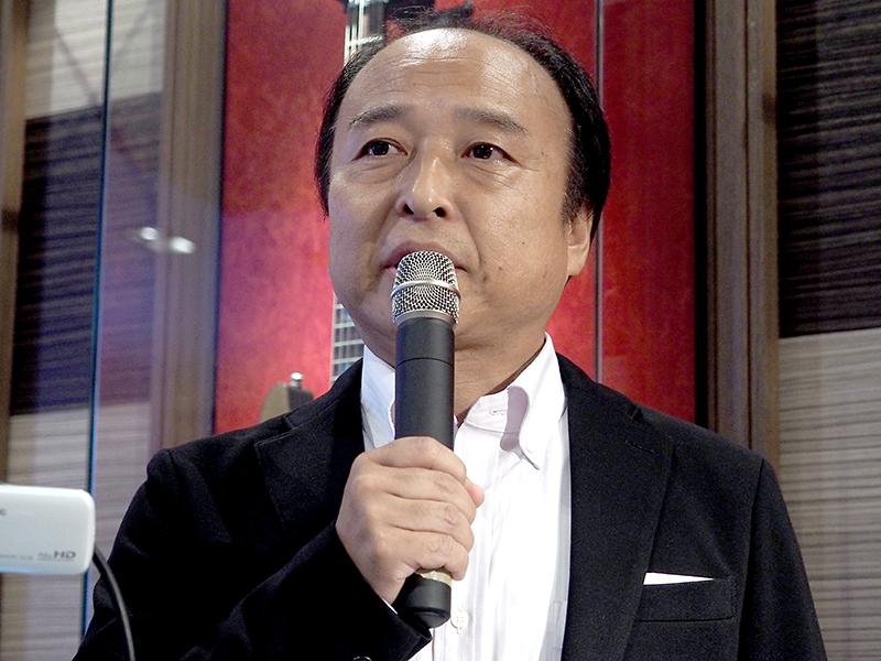 ティアックの執行役員 兼 開発部長 兼 音響機器事業部 ミュージック インダストリー ビジネスユニット長の吉野伸也氏。今回の新モデルは昨年から検討を開始、「音楽ライフを楽しくする」製品として開発したと説明