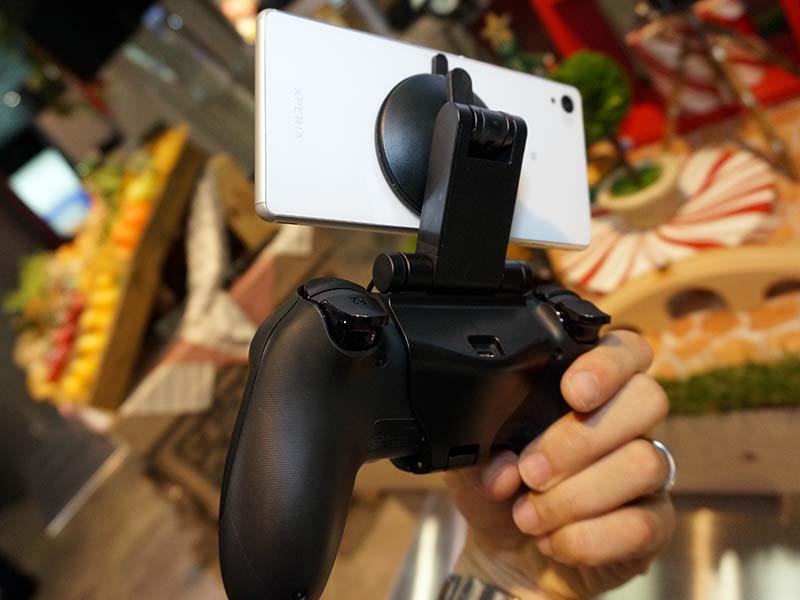 ゲームコントローラマウント「GCM10」(Xperia Z3はグローバルモデル)
