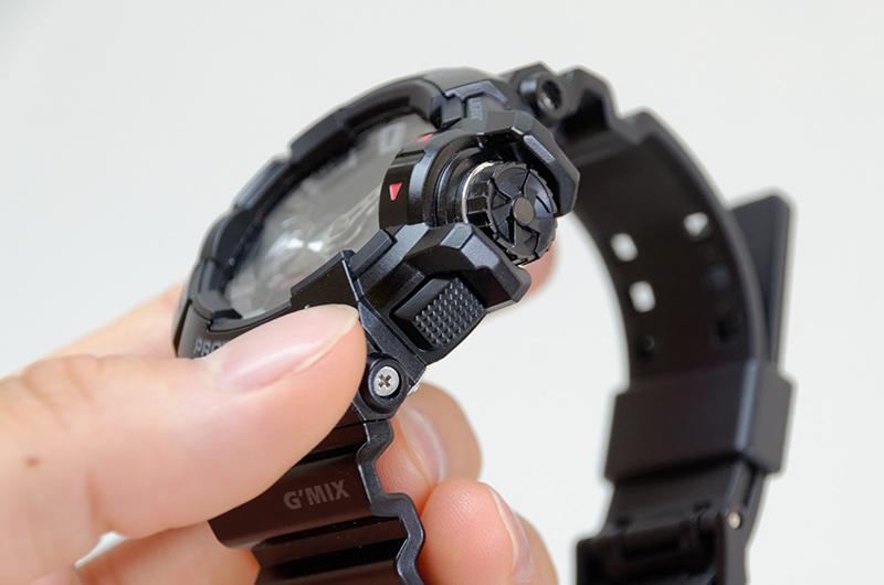 右下のボタンを押すたびにコントロールする機能を切り替えられる