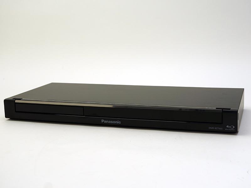 薄型でスリムなサイズのDMR-BZT665