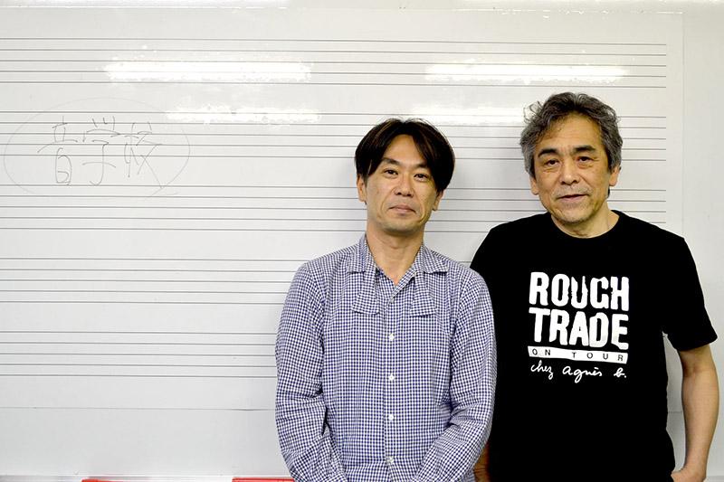 牧村憲一氏(右)と、ゴンドウトモヒコ氏(左)