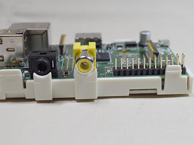 USBやEthernet、HDMIなどのインターフェイスが既に装備されている