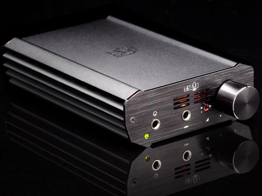 ポータブルヘッドフォンアンプ「HP-V1」