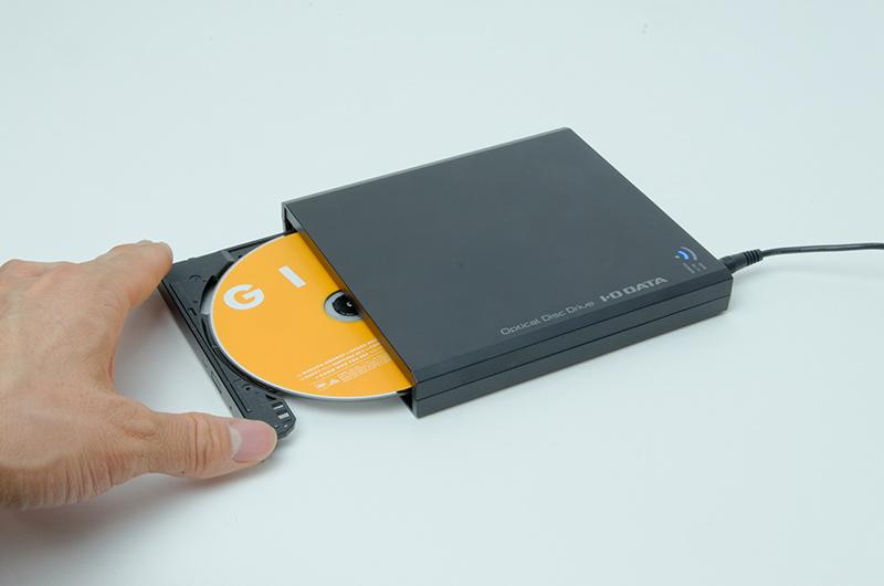 音楽CDを挿入