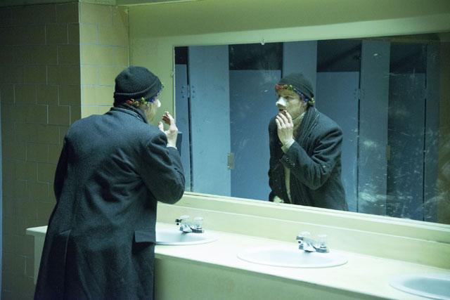 "<span class=""fnt-70"">(C)2014 Vertebra Clown Film Inc.</span>"