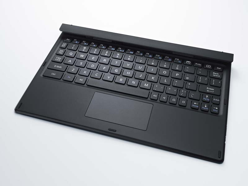 Z4 TabletをノートPCのような感覚で使えるBluetoothキーボード「BKB50」