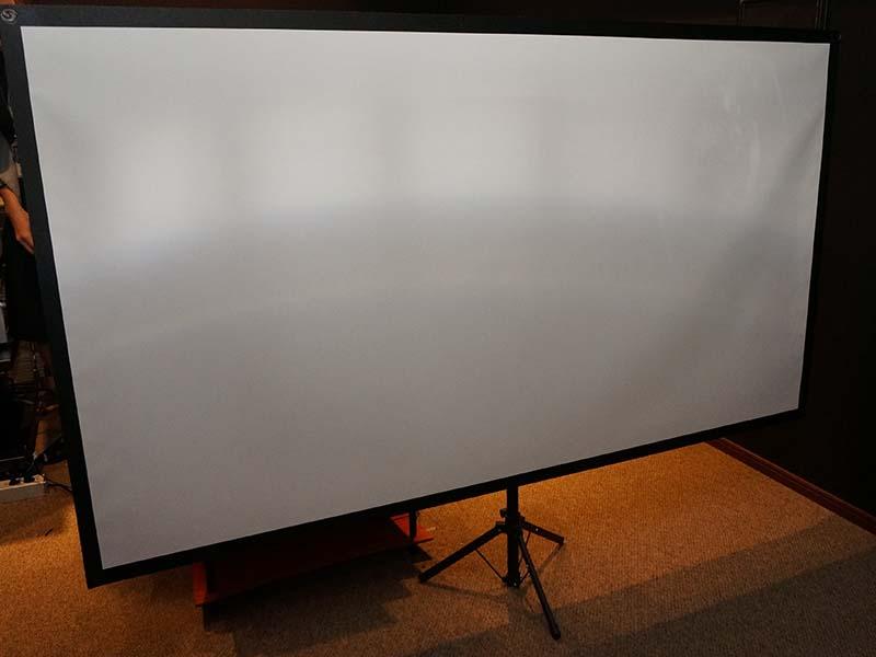 EH-TW5350Sのセットスクリーンは80型