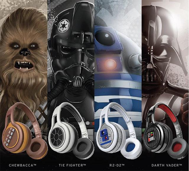 左から「チューバッカ」、「タイ・ファイター」、「R2-D2」、「ダース・ベイダー」