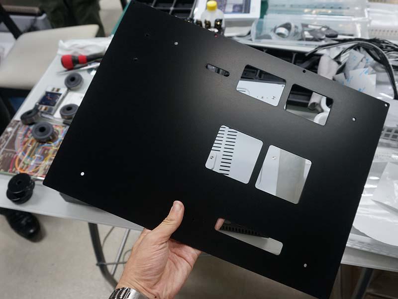 3mm厚のアルミボトムプレート