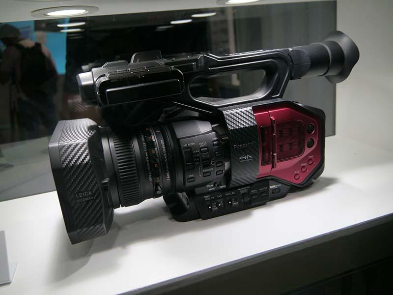 パナソニックの放送局向けカメラの戦略製品ともいえる4Kカメラ「AG-DVX200」
