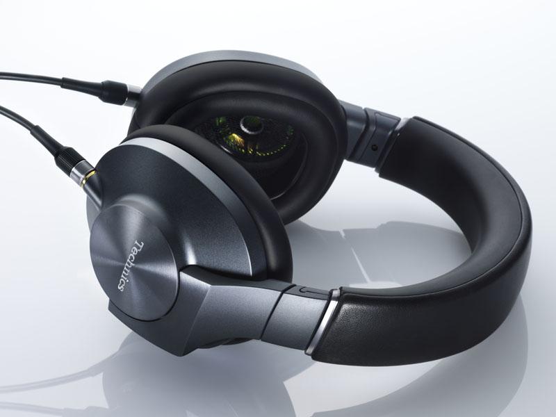 Technicsブランドのヘッドフォン「EAH-T700」