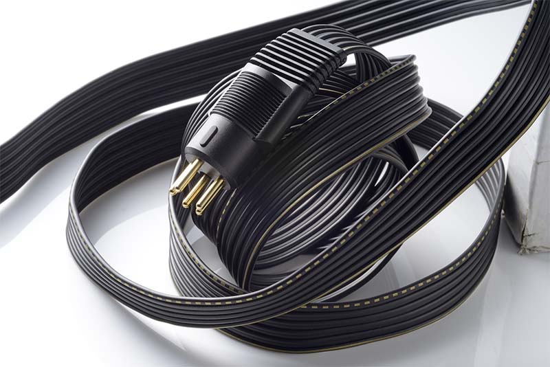 SR-L700のケーブル