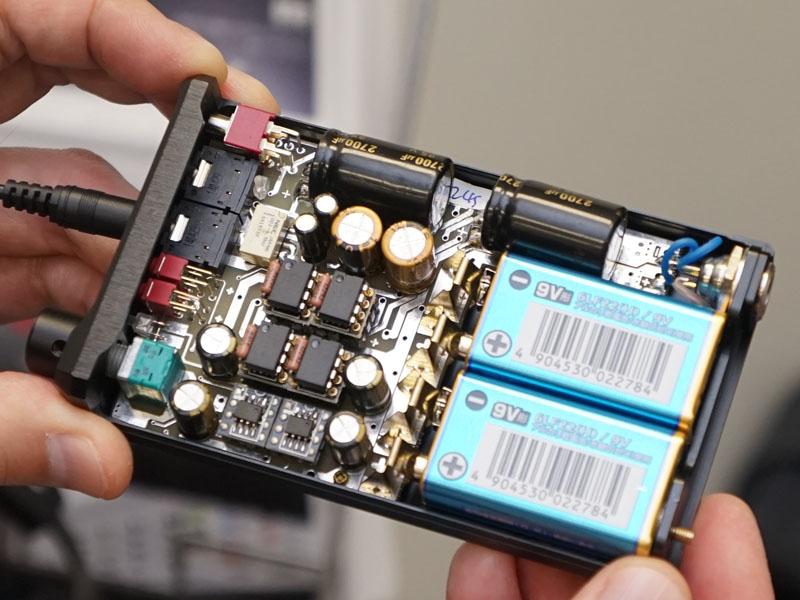 オペアンプやバッファをユーザーが交換できる