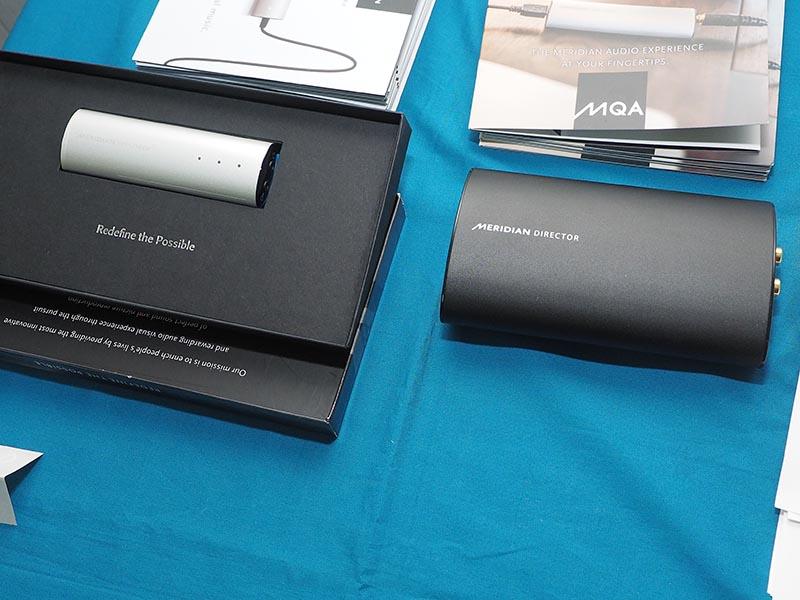 Explorer2(左)とDirector(右)の比較