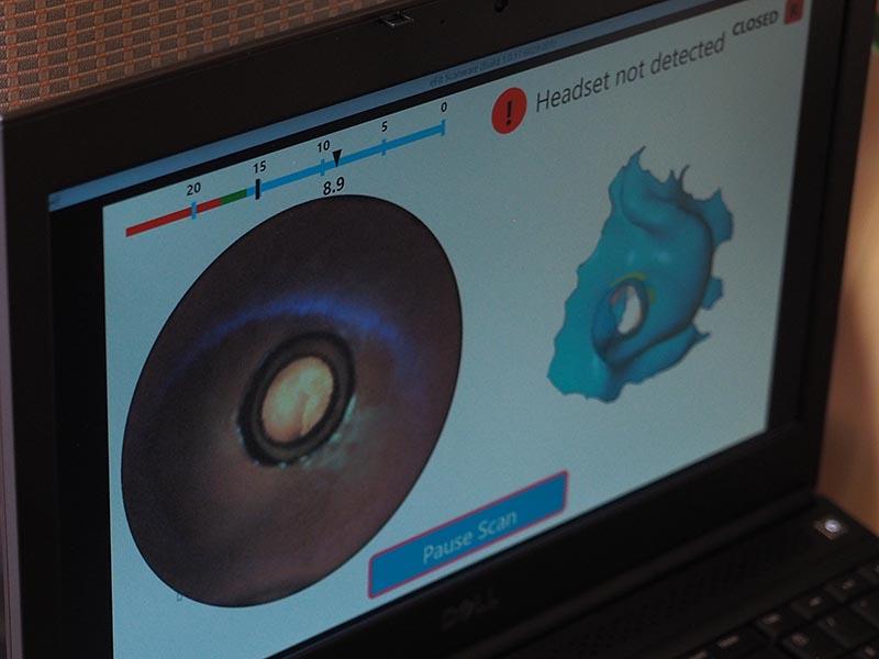 モニタリング中の映像。カメラからのリアルタイム映像と、スキャンされたデータが同時に表示されている